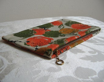 Vintage Floral Zipper Case Pouch Wallet Silky Fabric, 1970's Sophisticated  Modern Abstract Flowers, Cosmetics Organizer