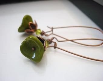 Olive Green Earrings, Green Flower Earrings, Copper Flower Earrings, Czech Glass Flower Earrings, Olive Green Drop Earrings, Copper Earrings
