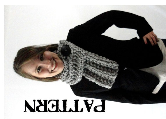 Snowman Knitting Patterns : PDF Pattern Chunky Knit Ribbed Cowl Scarf with Button