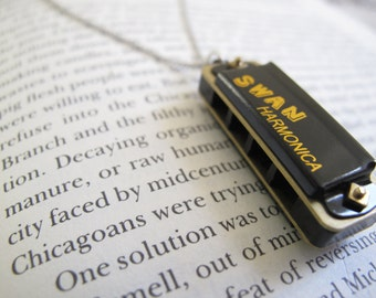Mini Harmonica Necklace // Working Harmonica // Music Necklace // Musician // Boyfriend Girlfriend // Singer Necklace