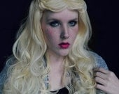 Daenerys Stormborn wig // House of Targaryen Khaleesi // Game of Thrones // Blonde Curly Braided // Medieval Renaissance Cosplay