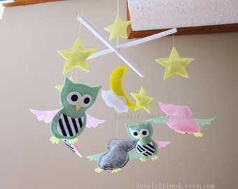 "Night Owls Baby Mobile - Nursery decorative Mobile - striped owls and stars mobile - ""owls and yellow stars"" Mobile (Custom Color Available)"