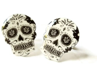 Sugar Skull Cuff Links Cufflinks Day of The Dead Dia de los muertos Halloween Men Gift Gag Groom Black and White Illustration