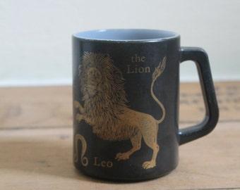 Vintage Zodiac Astrological Sign Leo Mug