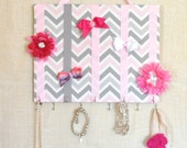 BOW ORGANIZER, Jewelry Bow Board- Hair Bow Organizer- Pink, White and Gray Chevron- 11x14 inches, 11 Large Hooks