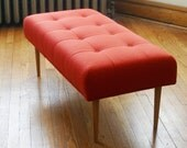 Modern bench in Knoll upholstery (poppy)