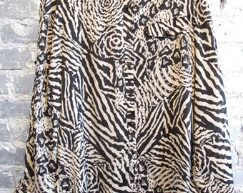90s Vintage Print Black and White Oxford Button Up Collared Blouse M