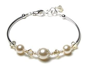 Cream Chiffon Swarovski Crystal and Pearl Adjustable Silver Bracelet, Ivory Pearl Bracelet, Ecru Wedding Bridal Jewelry, Bridesmaid Bracelet