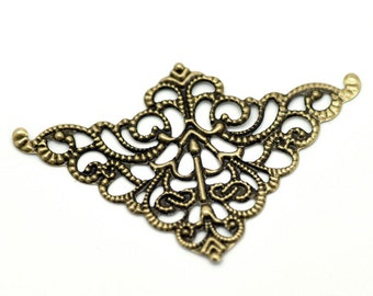 Filigree : 10 Antique Brass Filigree Triangular Connectors Links | Bronze Filigree Jewelry Stampings ... Lead, Nickel & Cadmium Free 17546.P