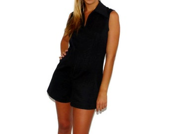 Vintage 70s Contrived Clash Black Shorts Romper Jumpsuit, Size Medium 8