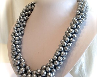 Gray Pearl Silver Pearl Cluster Necklace Gray Pearl Necklace Torsade Necklace Statement Pearls Eternity  Necklace