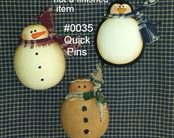 EPATTERN #0035 Quick Pins, digital download, paint your own pins, snowman, gingerbread, penguin, painting pattern, Winter pins, Christmas