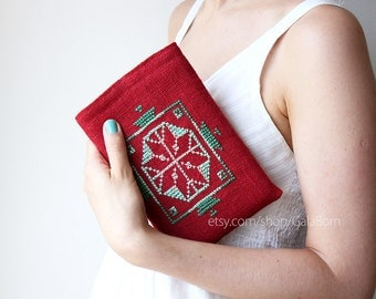 ipad mini sleeve / ipad mini case / ipad mini cover / linen and hand embroidery /dark red