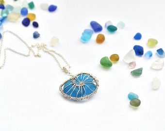 "Genuine Aqua Teal Sea Glass Hand Knitted Fine Silver Wire Nautilus Pendant with 18"" chain"