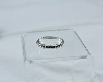 UTC 925 Sterling Silver Partial Ribbed look Ring - Size 7