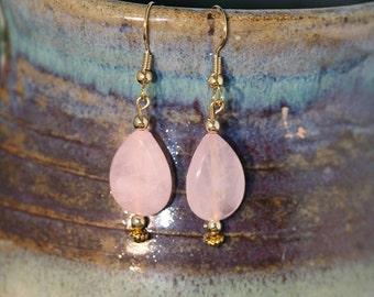 Rose Quartz teardrop shaped Earrings - Item 1065