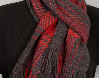 Wool red and grey scarf