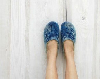 Hand Felted Slippers Sea-grass Navy Blue Mint green Women home shoes Handmade slippers 100% wool Traditional felt Women shoes Gift for her