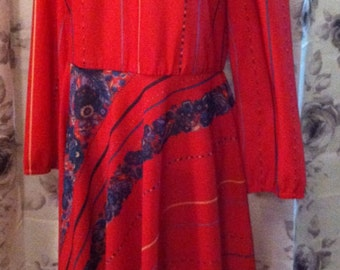 Retro red dress medium