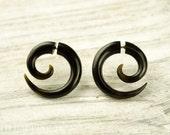 Fake Gauges Earrings Horn Earrings Brown Black  Spiral Tribal Earrings - Gauges Plugs Bone Horn - FG009 H G1