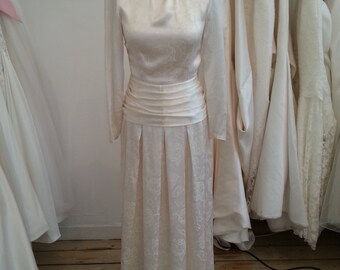 Viola - 1920's True Vintage Wedding Gown in Ivory Satin Brocade with Original Wax Flowers