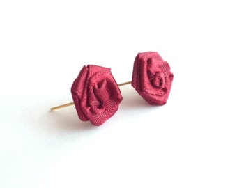 Rose stud earrings repurposed jewelry red flower earrings upcycled jewelry red rose earrings sustainable jewelry flower stud earrings