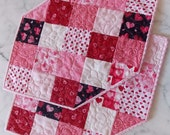 Place Mats - Quilted - Hearts - Valentine's Day - Pink - Red - Set of 2