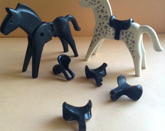 Playmobil Geobra Horse Saddles, set of 5 black, Playmobil Supplies, Replacement Parts, egst, Greece