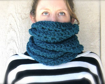 PATTERN: Flux scarf, Easy crochet pattern PDF, bulky warm cowl, infinity scarf, chunky yarn, InStAnt DiGiTaL DoWnLoAd, Permission to Sell