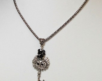 Silver Owl Key Pendant With Jet Cluster Necklace