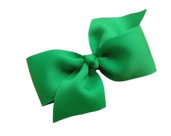 Two loop green hair bow - green bow, girls hair bows, girls bows, green hair bows, toddler bows, 4 inch bows, hair clips