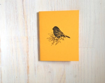 Medium Notebook: Bird, Gold, Nature, Inspiration, Blank Journal, Wedding, Favor, Journal, Blank, Unlined, Unique, Gift, Small, Notebook B290