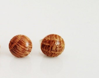 Natural Oak Stud Post Earrings 7mm