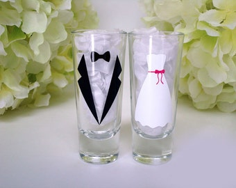 Bride and Groom Shot Glasses - Personalized Shot Glasses - Wedding Glassware