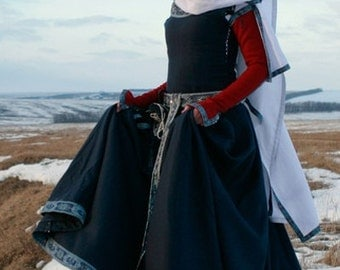 """15% OFF! DISCOUNT! Womens Medieval Dress """"Red Sleeves""""; historic dress; sca dress; wool dress"""
