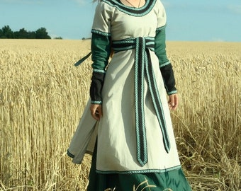 """Medieval Lady Tunic with Overcoat """"Green Fairy"""""""