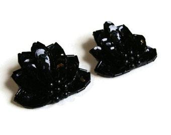 80's Sequin Stud Earrings Lotus