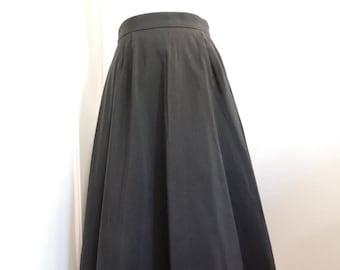 Vintage 1950s black circle skirt, medium, 28 inch waist