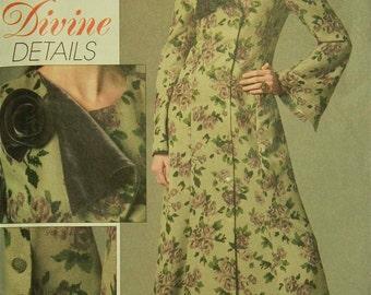 """Dress, Contrast Lapel - 2000's -  Vogue Divine Details Pattern 8316 Uncut  Size 6-8-10-12  Bust 30.5-31.5-32.5-34"""""""