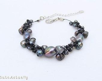 Black freshwater pearl bracelet with glass beads on silk thread, black pearl bracelet