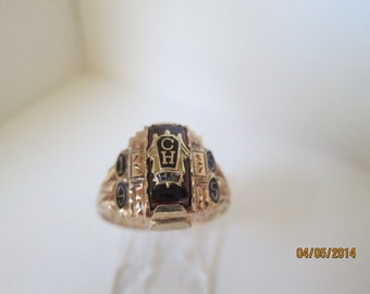 Charming Vintage 1955 Gold School Ring