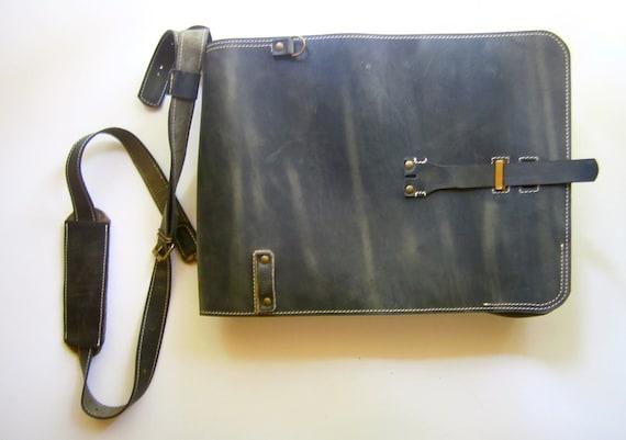 15inch banduliera laptop bag, Man Leather Baag, Student's Bag, school bag, Vertical Laptop Bag, Handmade Laptop Bag,