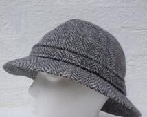 Mens hat country tweed wool vintage hat 1970s bucket hat wool tweed vintage 70s hat eco wool hat large winter hat grey tweed Kangol hat.