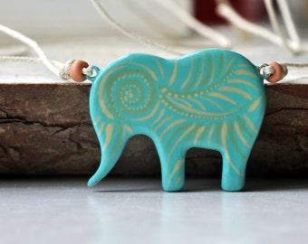 Handpainted pendant, pendant elephant, blue pendant, boho handmade, boho-chic pendant, pendant gift idea, one of kind pendant