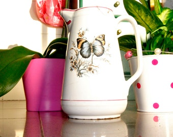Vintage Butterfly milk jug or pitcher. Portuguese Ceramic. Very nice one!