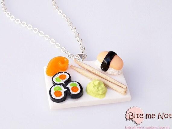 Sushi and Wasabi Sauce Necklace Mini Food Jewelry - Miniature Food Jewelry, Handmade Necklace, Polymer Clay, Dollhouse Miniatures, Kawaii