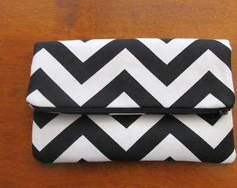 Clutch Bag / Clutch Purse / Foldover Zipper Clutch Bag / Zipper Pouch / Handbag /   Black and White Chevron