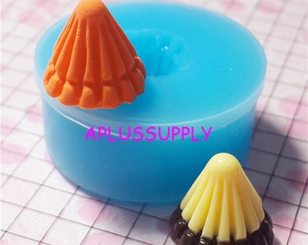 GYL033 Conical Cake Pudding Silicone Flexible Push Mold Miniature Food Sweets Jewelry Charms (Clay Fimo Resin Wax Soap Fondant)