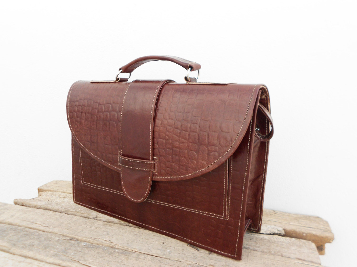 Innovative Amazon.com Brown Leather Messenger Bag For Men Women Vintage Laptop Gifts Ideas Clothing