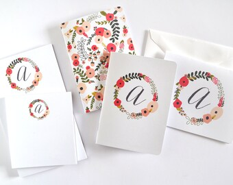 Personalized Stationery Set   Floral Monogrammed Stationery Gift Set: Blooming Wreath Collection